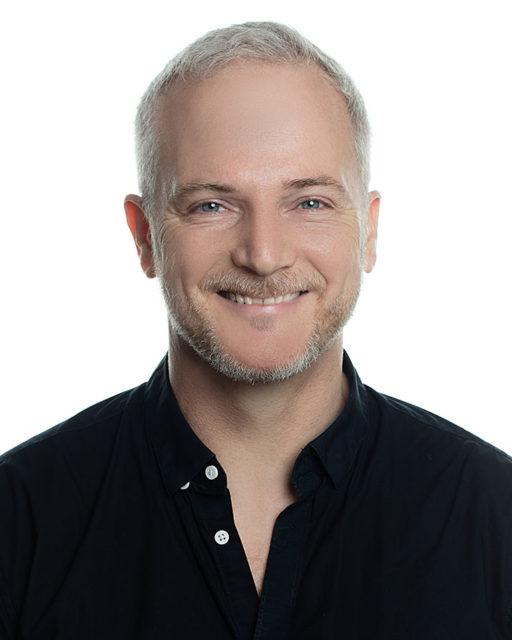 Alex Momtchiloff