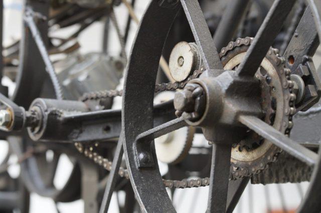 wheels-784865_1280
